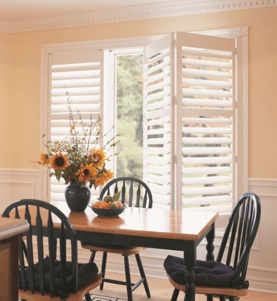 Operable Louvered Shutters California Or Plantation Have Louvers Slats That Rotate Open And Closed To Control Light Visibility Airflow